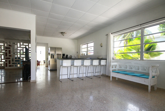 Preview b a kitchen enterance the villa iving room entrance villa breeze curacao